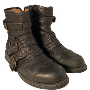 Ugg Collection Women's Leather Boots Black size 11
